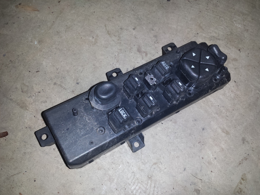 2003 jeep grand cherokee wj driver 39 s side front door for 2000 jeep cherokee power window switch